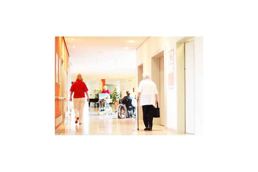 Chutes nocturnes en maison de retraite for Accueil temporaire en maison de retraite